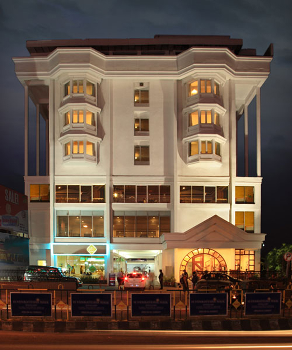 Abad Plaza KOCHI by Red Carpet Events